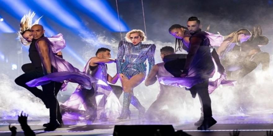 Lady Gaga'nın sahne şovunun arkasından teknoloji devi çıktı