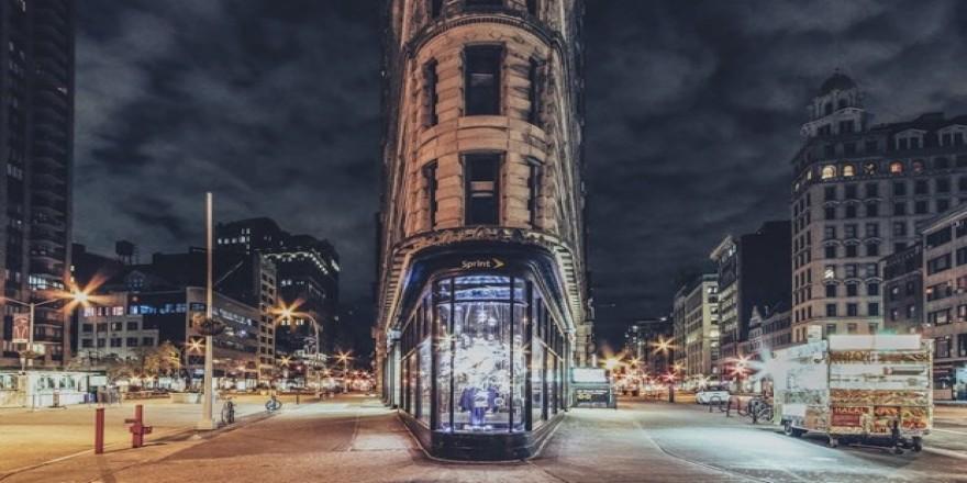 Sanatçı gözüyle New York sokaklarının bomboş hali
