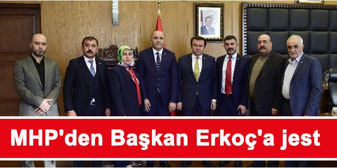 MHP'den Başkan Erkoç'a jest