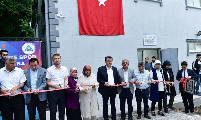 Andırın'a Gençlik Ve Spor Merkezi Açıldı