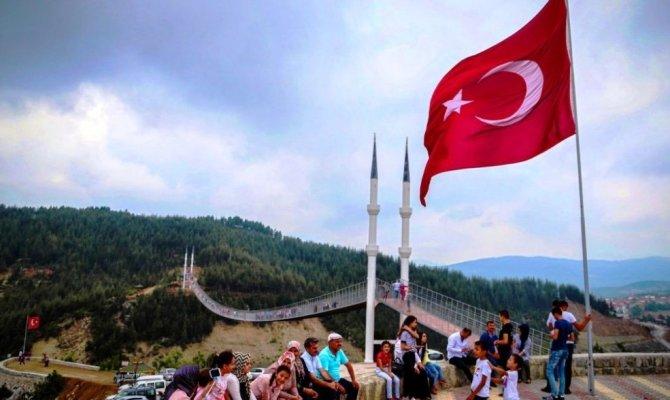 Andırın'daki asma köprüye ödül geldi
