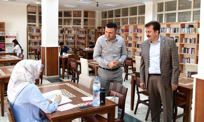 Dünyanın En Büyük Kütüphanesi İçin Kahramanmaraş'ta Kollar Sıvandı