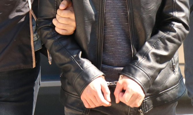 Kahramanmaraş'ta uyuşturucu satıcısı baba ve oğlu yakalandı