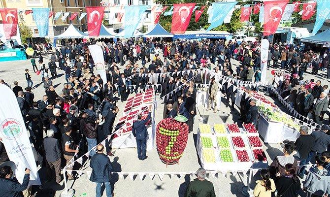 Göksun Elma Festivalinin 7.si Coşkuyla Yapıldı