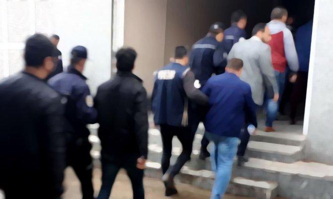 Kahramanmaraş'ta jandarma ekipleri 14 kişiyi yakaladı