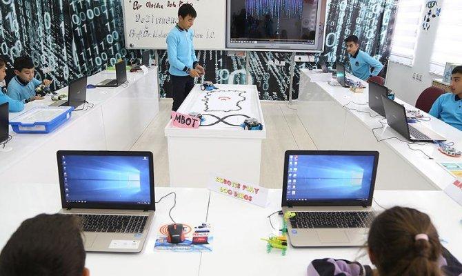Kahramanmaraşlı çocuklar köy okulunda robotik kodlama öğrenecekler