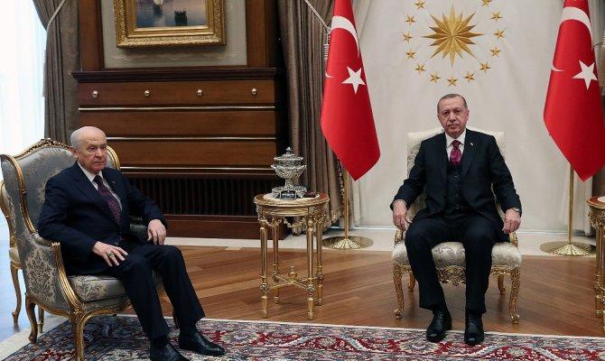 Erdoğan Bahçeli ile Cumhurbaşkanlığı Külliyesi'nde görüştü