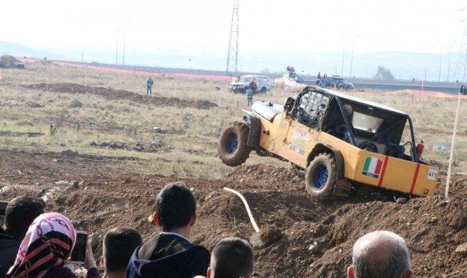 Kahramanmaraş'ta offroad yarışları nefes kesti