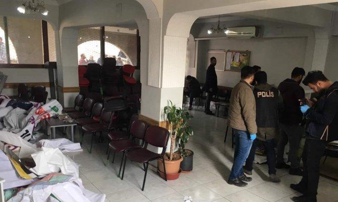 3 gün önce başlatılan açlık grevi 40 gözaltıyla son buldu
