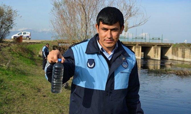 Gaziantep'te ki Karasu Çayı karalara büründü! Çevre ve Şehircilik Müdürlüğü teyakuzda