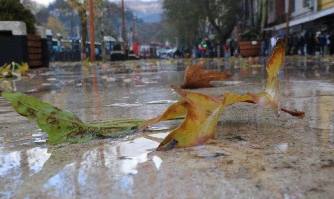 Kahramanmaraş'ta aralıksız yağış sürüyor