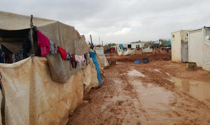 Hayrat Derneği 900 Suriyeliyi tedavi ettirdi
