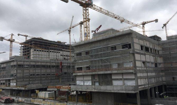 Dünyanın en büyük hastanesi havadan görüntülendi