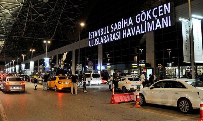 455 bin yolcuya ev sahipliği yaptı