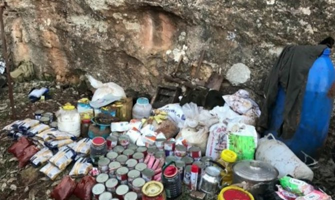 PKK mensuplarına ait barınak ve sığınak imha edildi