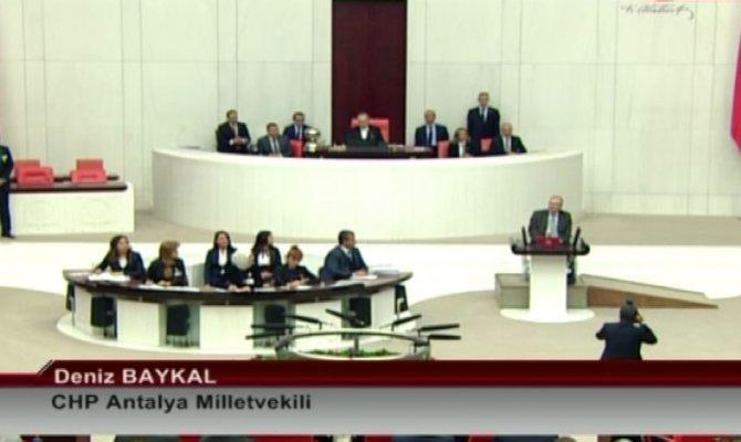 Milletvekili Deniz Baykal, yemin etti