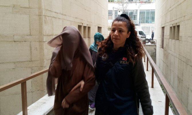 Kırmızı bültenle aranan 2 kadın terörist tutuklandı