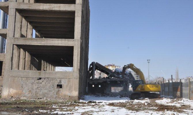 İntihar girişiminde bulunanların mekanı yıkıldı
