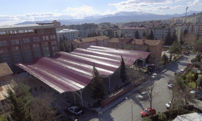 Dulkadiroğlu Belediyesi'nin yeni pazar yeri hizmete giriyor
