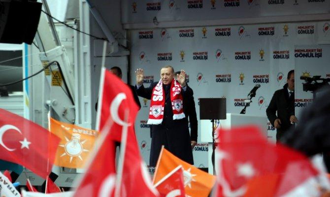 Erdoğan: AK Partili olsa bir dakika tutmam