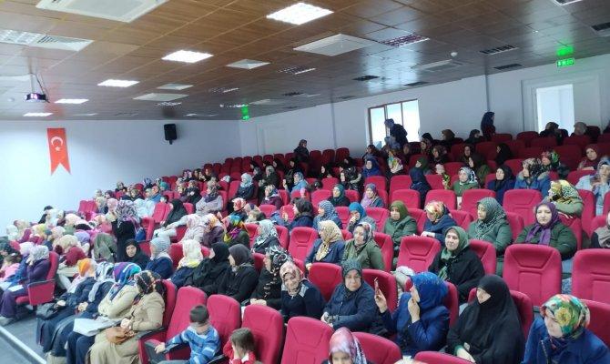 Kur'an Kursu'ndan Çanakkale Şehitlerini Anma Programı