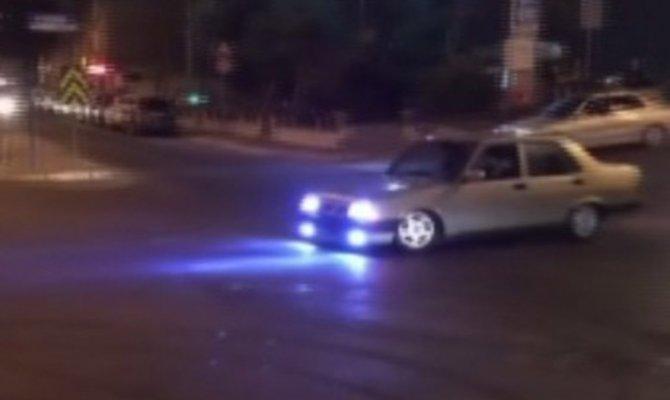 """İstanbul'da asker konvoyunda """"drift"""" terörü kamerada"""