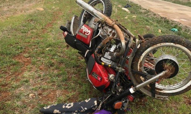 Elbistan'da sepetli motosiklet devrildi sürücüsü ağır yaralandı