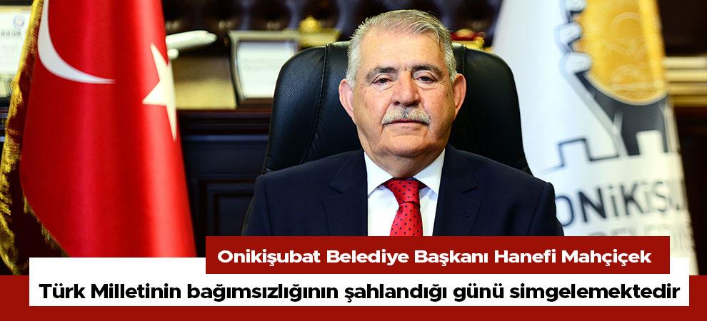 Türk Milletinin bağımsızlığının şahlandığı günü simgelemektedir