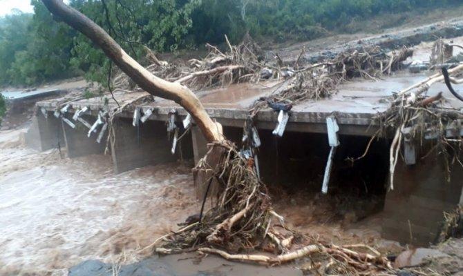 Sel ve toprak kaymasında ölenlerin sayısı 70'e yükseldi