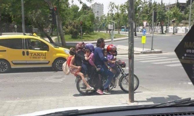 Yer Kahramanmaraş!  7 kişi bir motosiklette