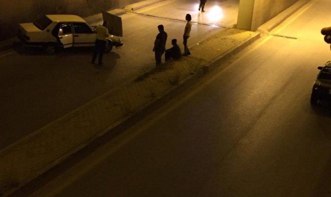 Kahramanmaraş'ta  otomobil alt geçit duvarına çarptı: Yaralılar var