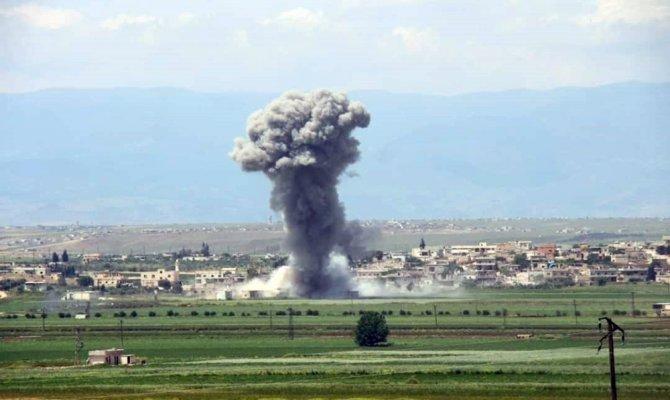 Esed rejimi İdlib'e bir kez daha saldırdı: 7 ölü, 10 yaralı