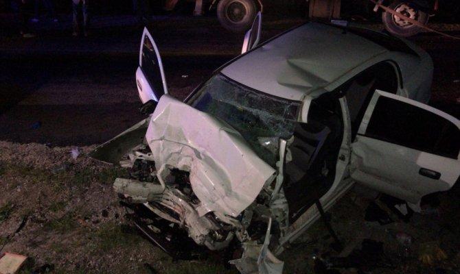 Kontrolden çıkan otomobil miksere çarptı: 2 polis öldü