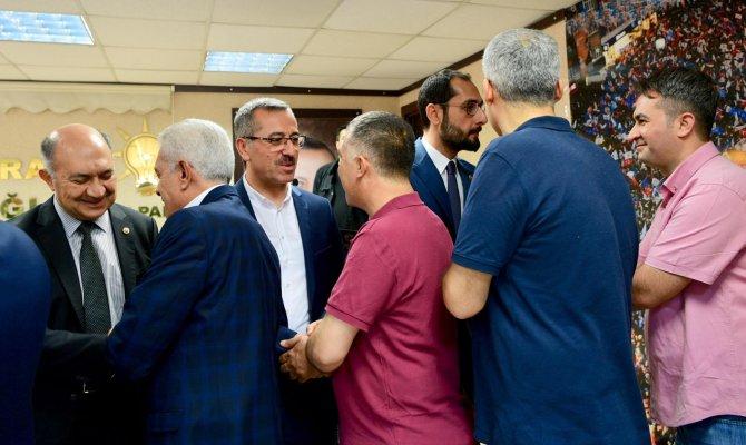 Başkan Güngör Ak Parti'de Bayramlaştı