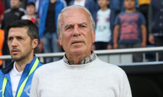 Mustafa Denizli İran'ın Traktör Sazi takımıyla anlaştı