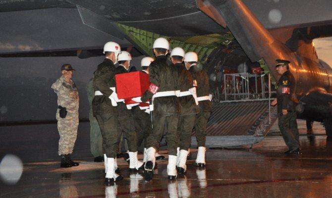 Yüksekova'da şehitler memleketlerine uğurlandı