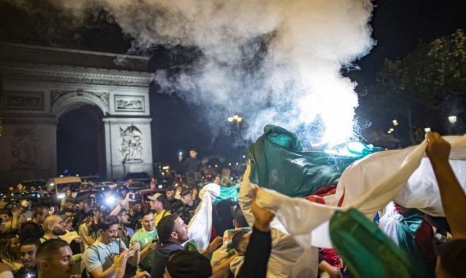 Cezayirliler şampiyonluğu kutladı, 198 kişi gözaltına alındı