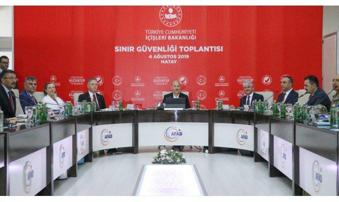 İçişleri Bakanı Soylu, Hatay'da Sınır Güvenlik Toplantısı'na katıldı