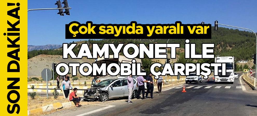 Kamyonet ile otomobil çarpıştı:Çok sayıda yaralı var
