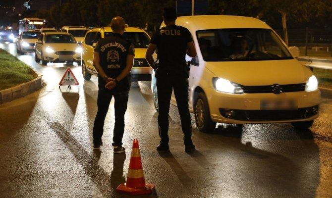 """""""Huzur Akdeniz"""" uygulamasında 24 bin 170 kişi sorgulandı"""