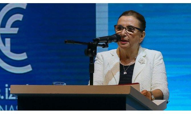 Ticaret Bakanı İzmir Enternasyonel Fuarı'nda konuştu