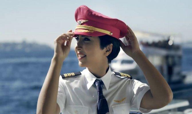 Kadın pilotumuz kanseri yenerek göklere döndü
