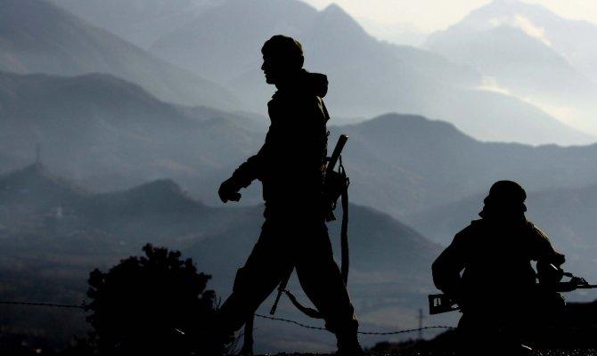 'Şanlı ordumuz Güvenli Bölge Harekatı için hazırdır'