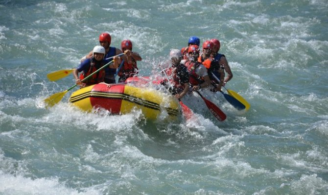 Türkiye'nin en hızlı akan nehriydi şimdi ise göle döndü