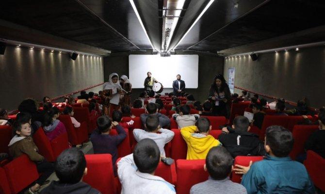 Kahramanmaraş'ta Suriyeli çocuklara Maraş'ın tarihi anlatıldı