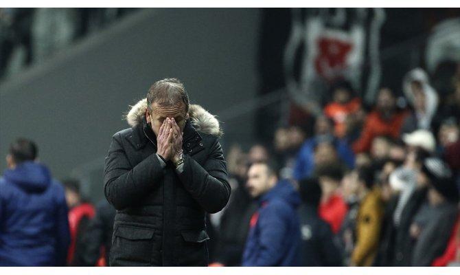 Beşiktaş'ta Abdullah Avcı dönemi kısa sürdü