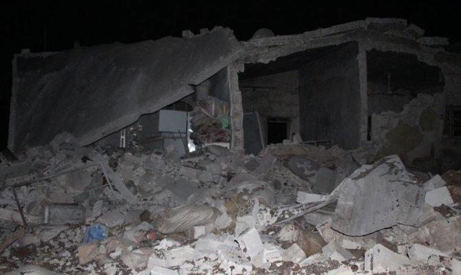 Esad rejimine destek veren Rus savaş uçakları İdlib'i vurdu: 5 ölü