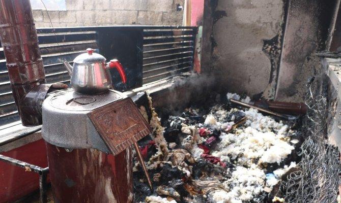 Kahramanmaraş'ta ev yandı 5 kişi yaralandı