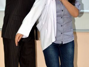 Esogü'lü Dişhekimi Adayları Beyaz Önlüklerini Giydi