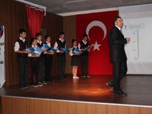 Atatürkün Hayatı Ve Atatürk İlkeleri Konulu Sunum Düzenlendi